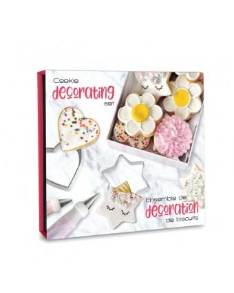 Ensemble de douze pièces pour la confection de biscuits