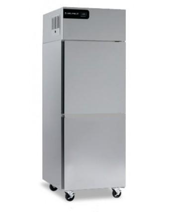 Réfrigérateur une porte pleine 21 pi³