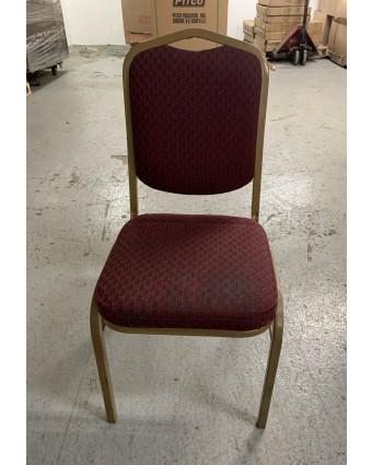 Chaise en métal avec siège et dossier rembourrés (usagée)