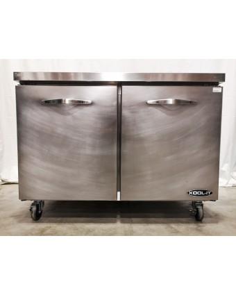 Réfrigérateur sous-comptoir deux portes pleines 13,1 pi³ (usagé)