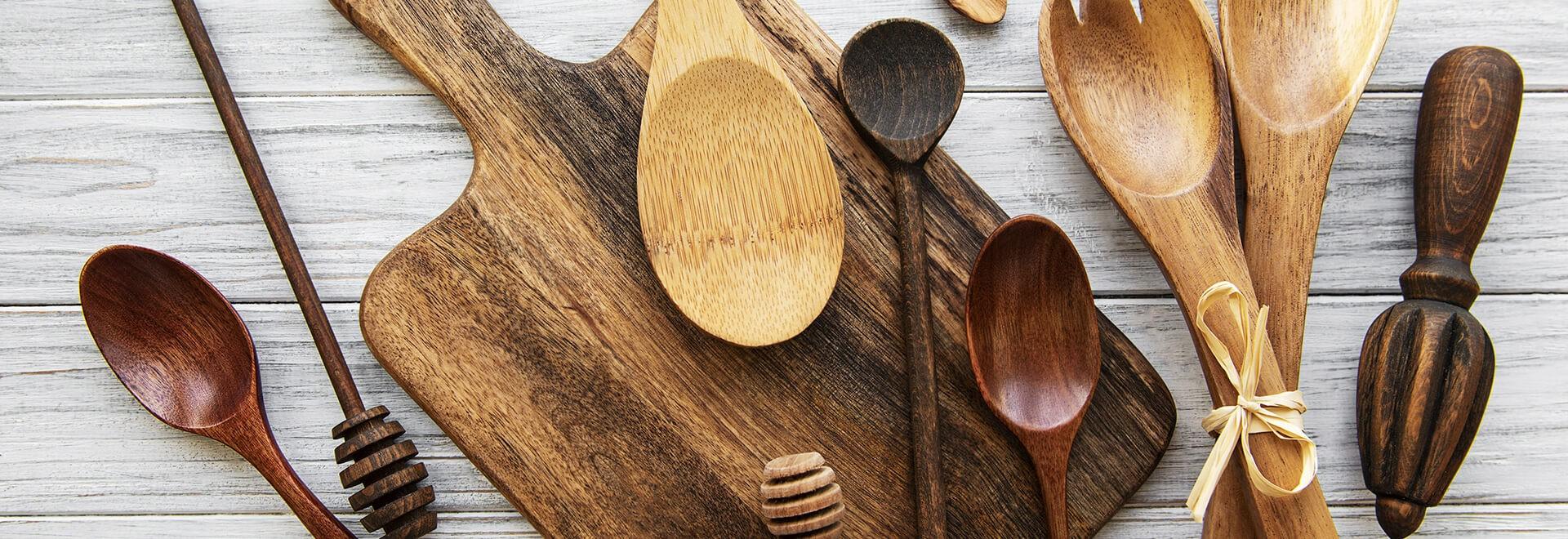 Sublimes et robustes outils constitués de bois